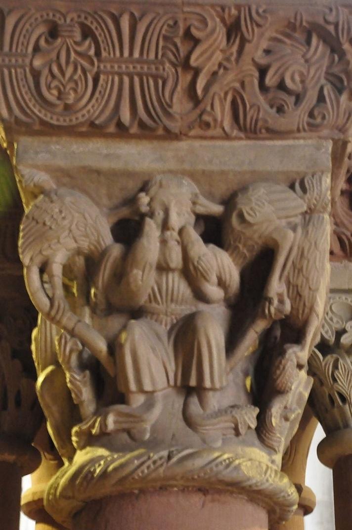 Capitells de la girola de la Catedral de Basilea