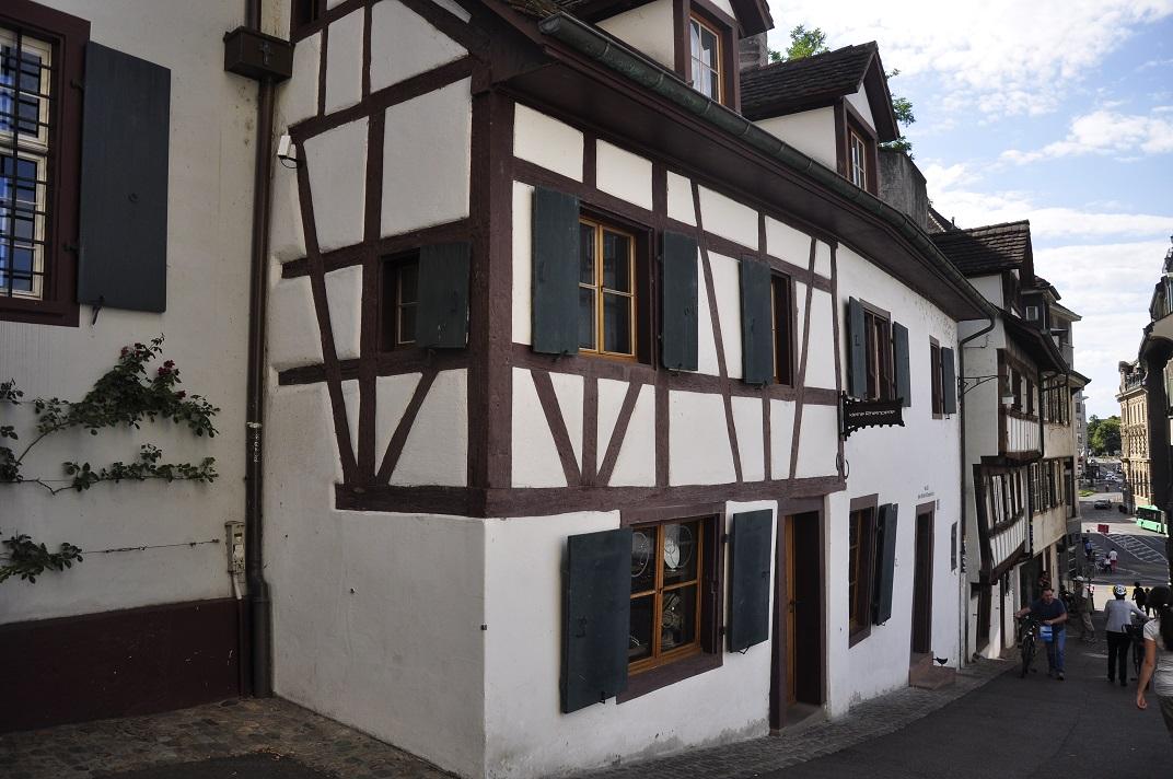 Casa d'entramat de fusta del voltant de l'església de Sant Martí de Basilea