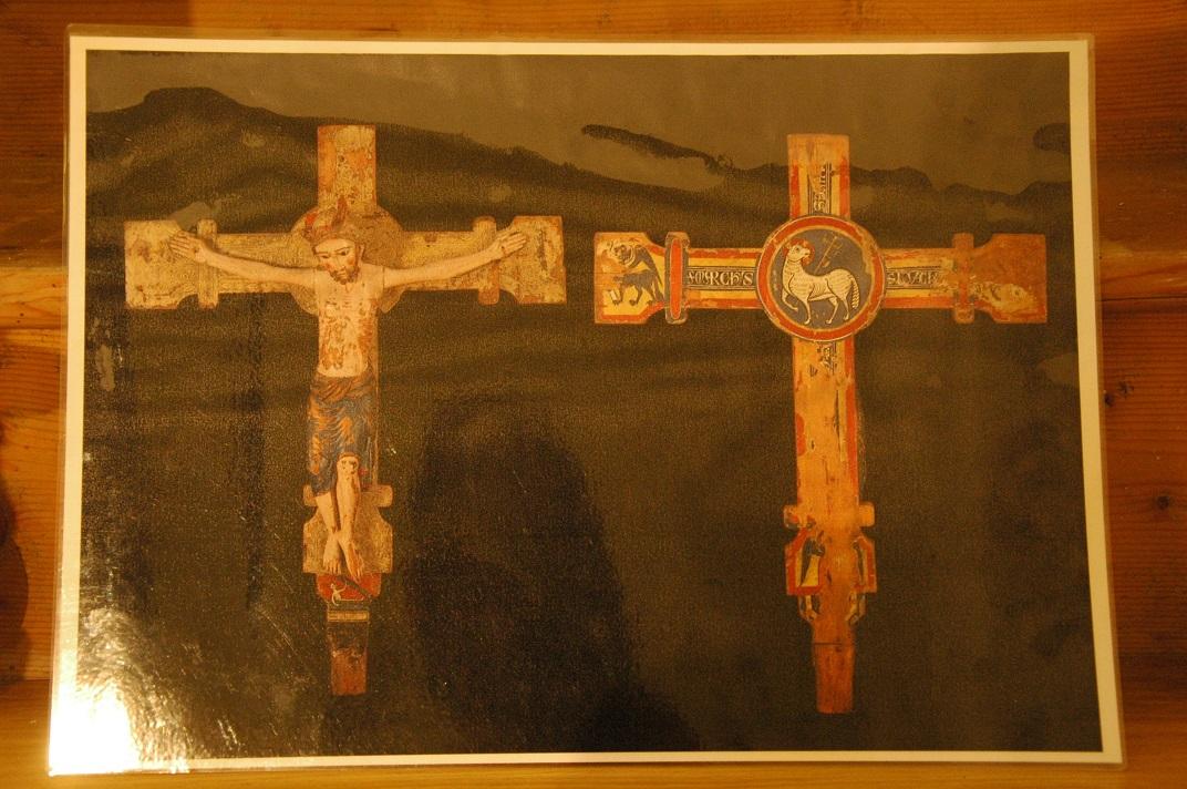 Crist coronat de l'església de Sant Pere d'Escunhau