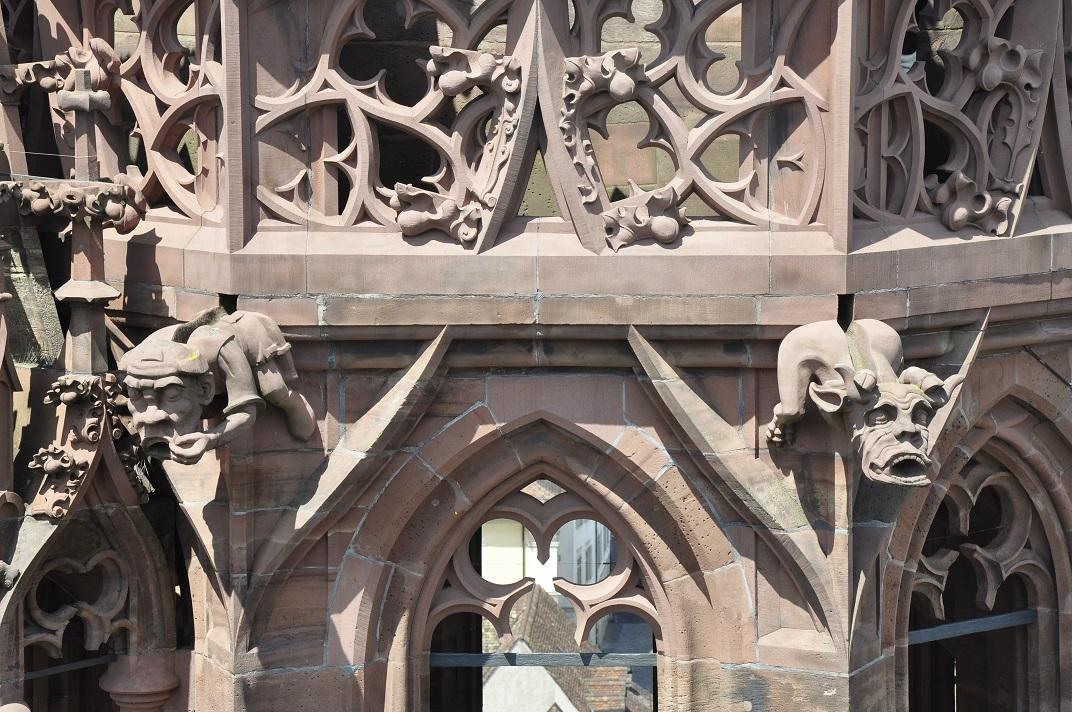 Detall del pis superior de la Catedral de Basilea