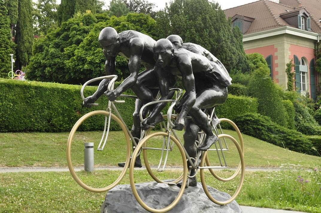 Escultura de ciclisme del Museu Olímpic de Lausana