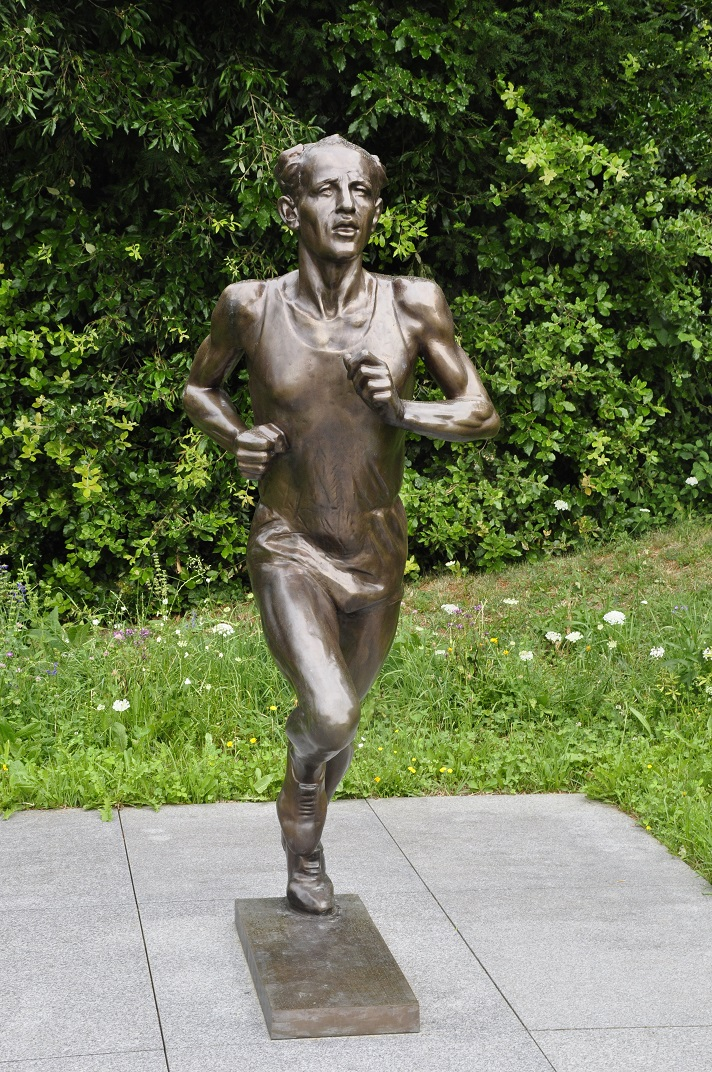 Escultura de Emile Zátopek del Museu Olímpic de Lausana