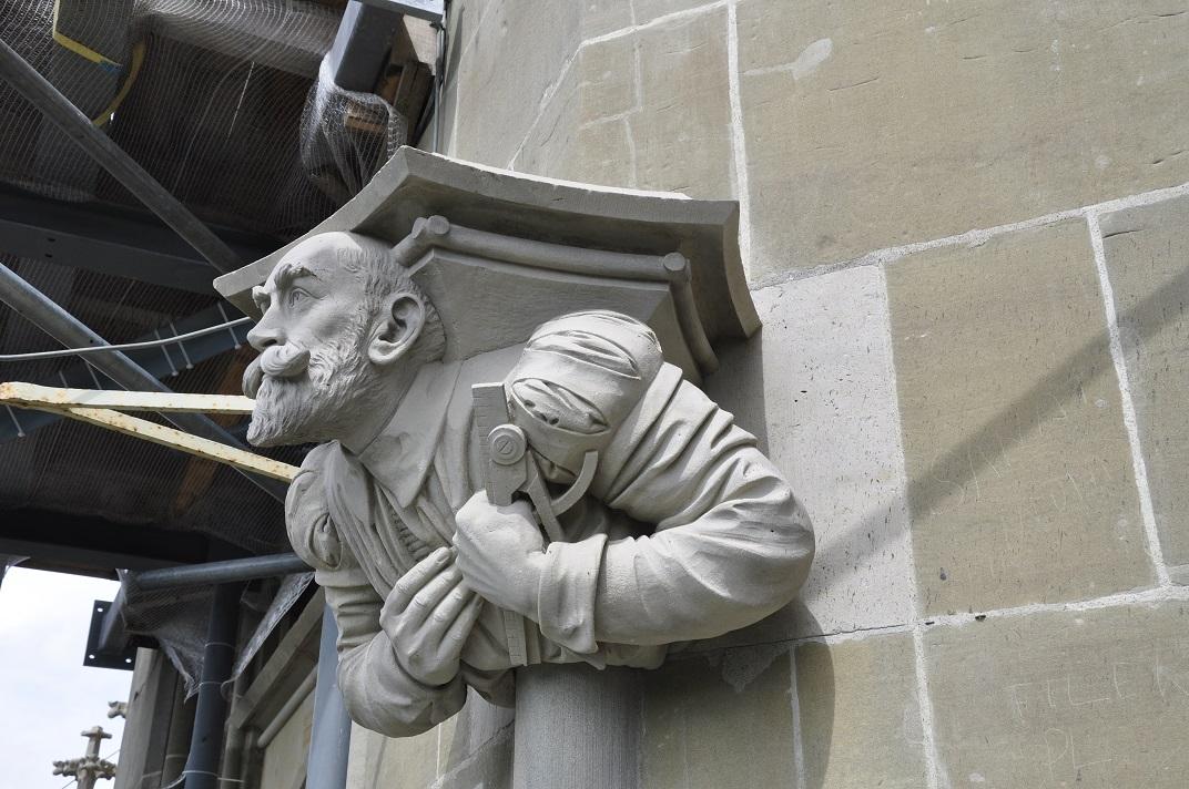Escultures dels constructors de la Catedral de Berna