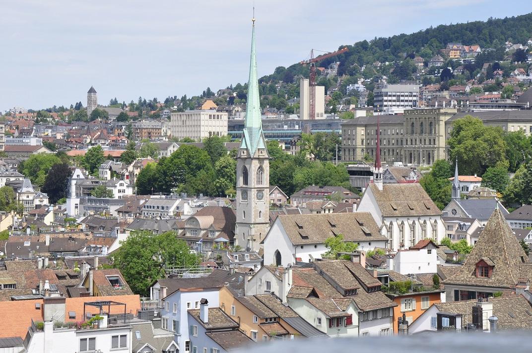 Església de Prediger des de la Grossmünster de Zuric