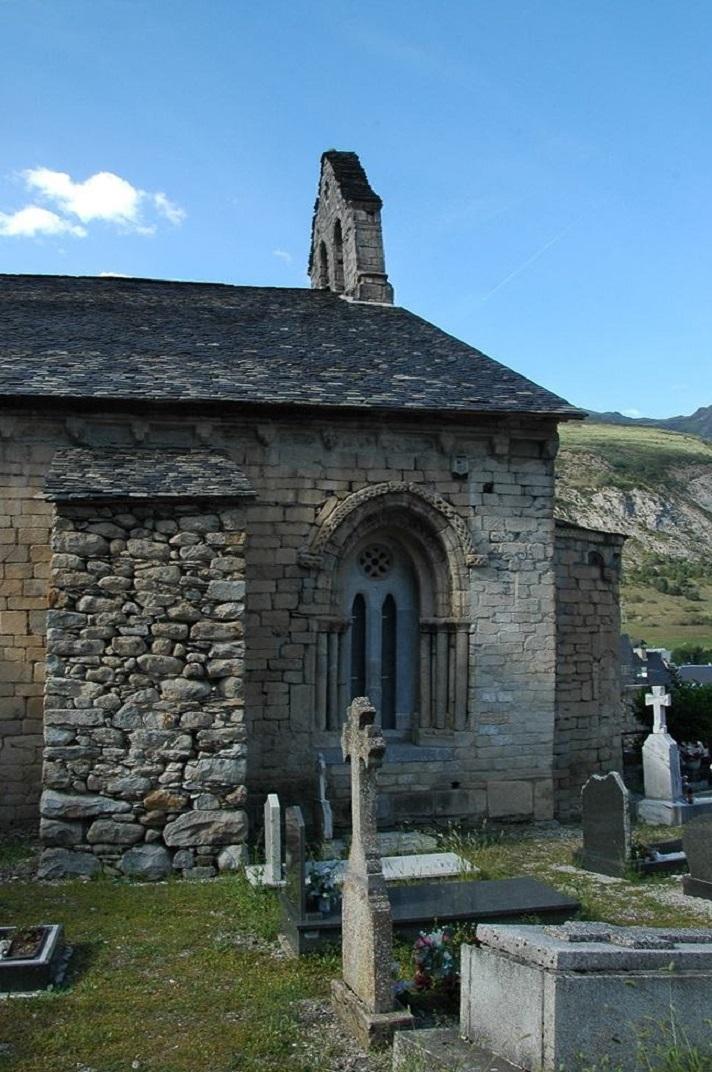 Espadanya de l'església de Santa Maria d'Arties