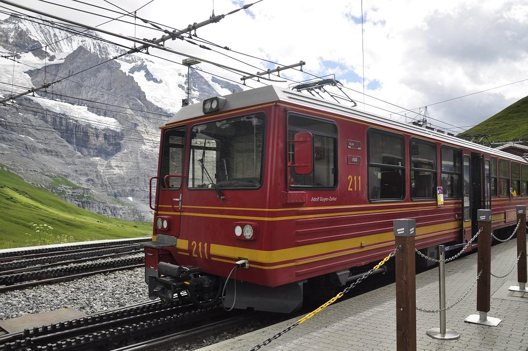 Estació Kleine-Scheidegg del tren cremallera des de Jungfraujoch a Grindelwald