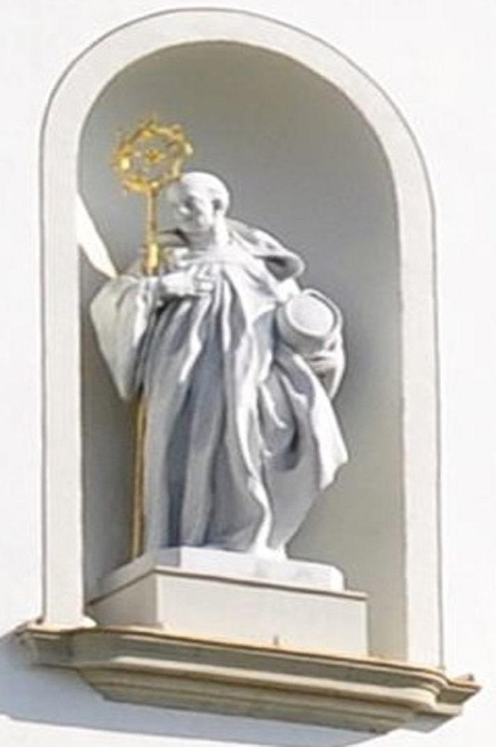 Estàtua de Sant Omar a l'entrada principal de la Catedral de Sankt Gallen