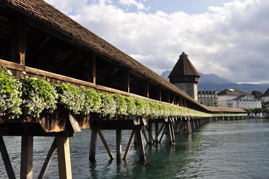 Exterior del pont de la Capella de Lucerna