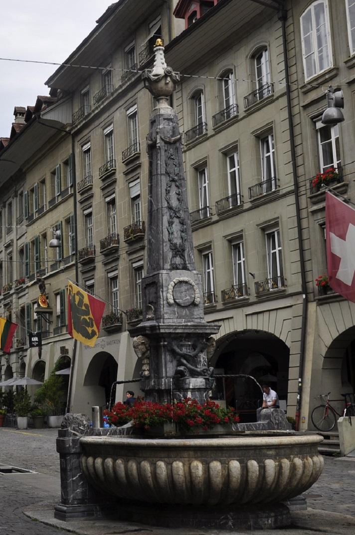 Font del carreró creuat de Berna