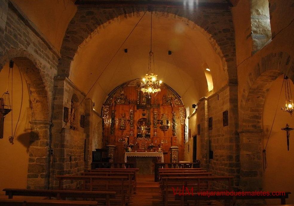 Interior de l'església de Sant Fèlix de Bagergue