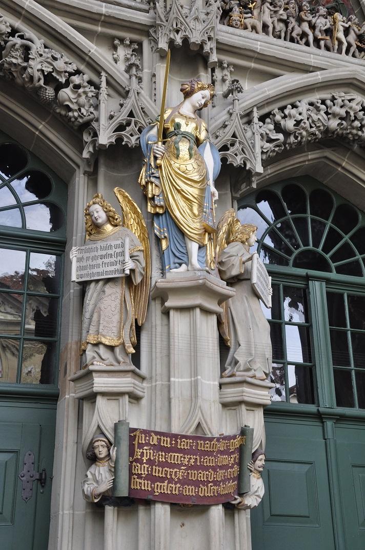 La Justícia del pòrtic del Judici Final de la Catedral de Berna