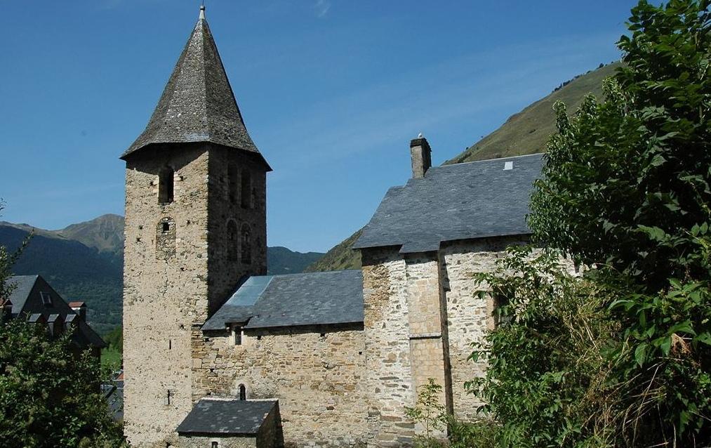 L'església de Sant Pere d'Escunhau