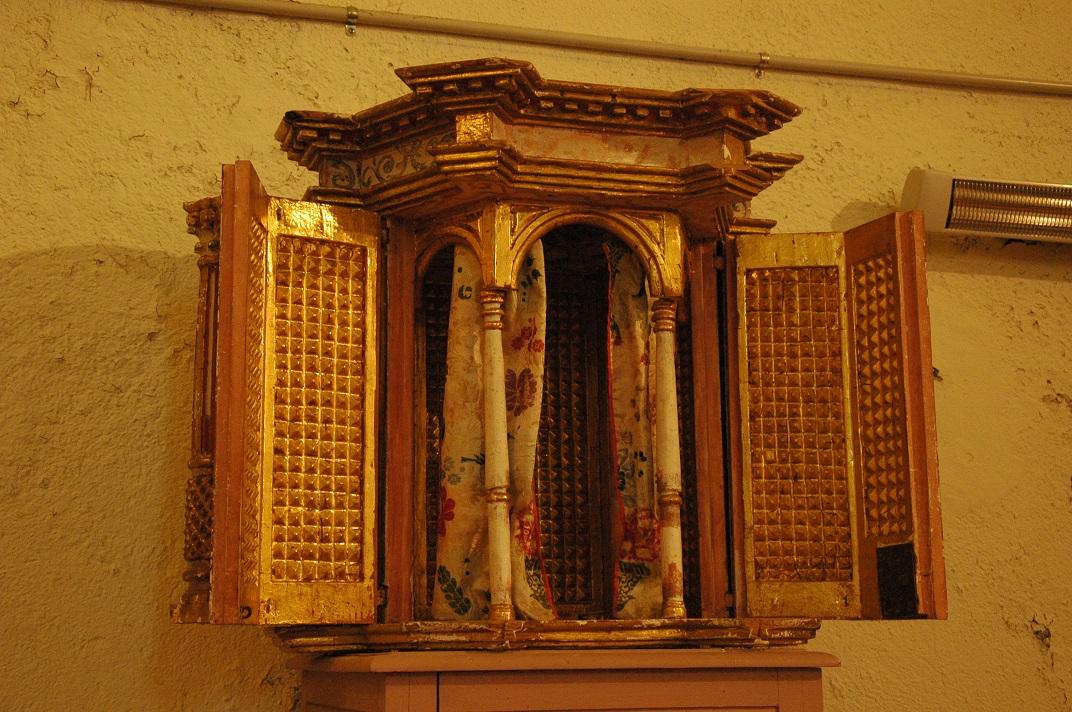 Mobiliari de l'església de Sant Pere d'Escunhau