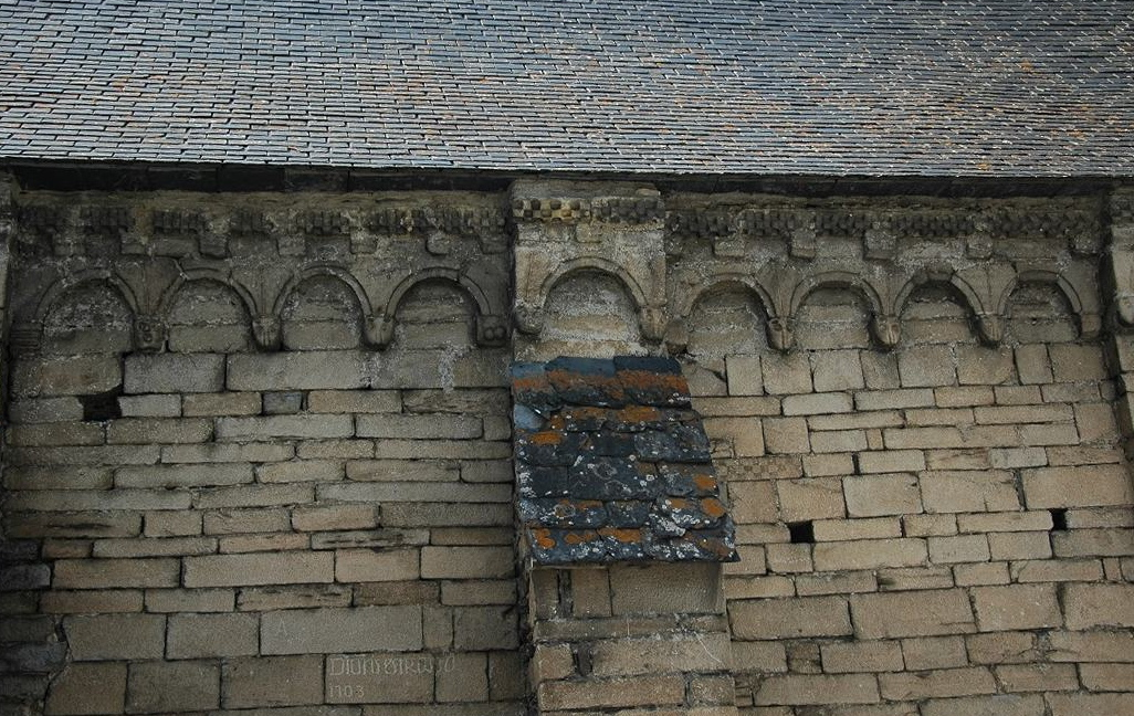 Mur exterior de l'església de Sant Fèlix de Bagergue