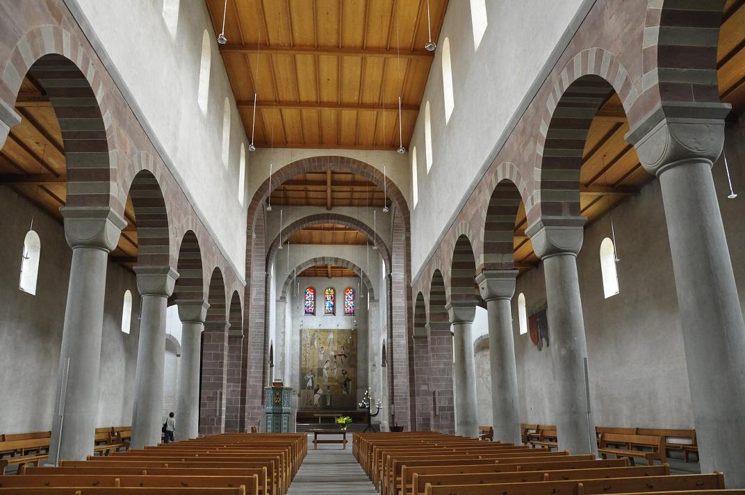 Nau central de la Catedral de Schaffhausen
