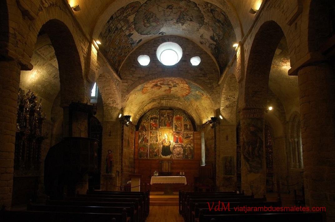 Nau central de l'església de Santa Maria d'Arties