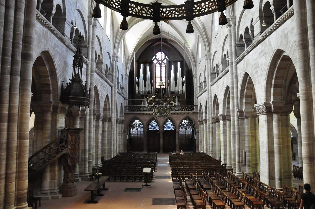 Nau central - orgue de la Catedral de Basilea