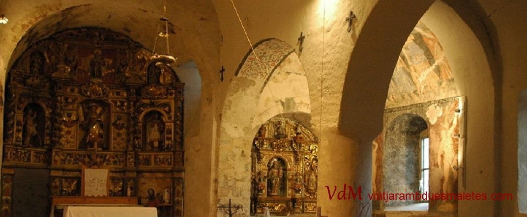 Nau lateral de l'església de Santa Eulàlia d'Unha