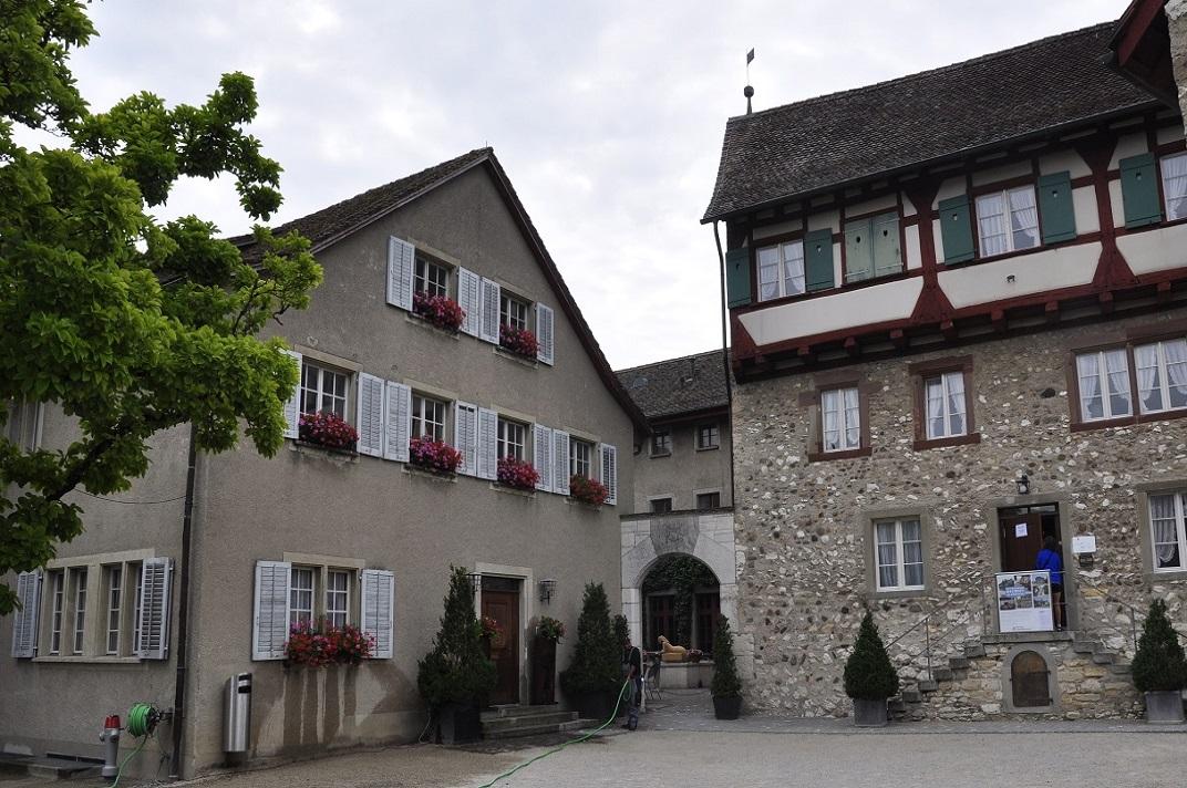 Pati del castell de Laufen de Rheinfall