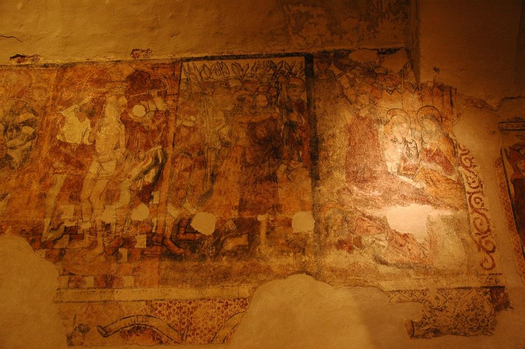 Pintures murals de Crist camí del calvari de l'església de Santa Eulàlia d'Unha