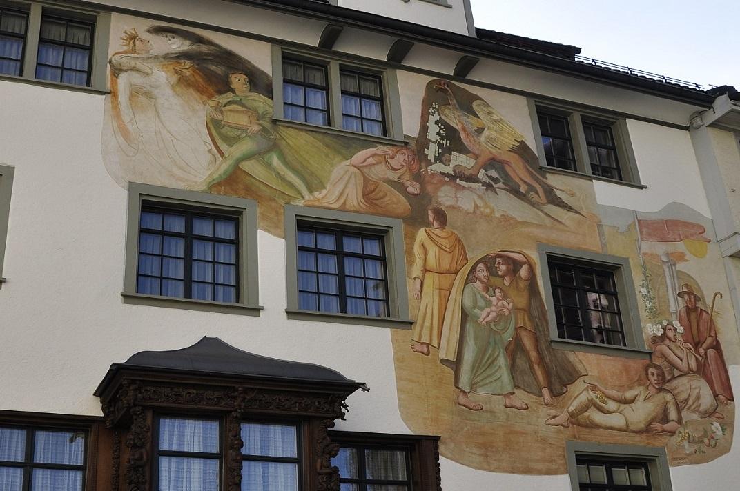 Pintures murals de les cases històriques de la plaça de Sant Gal de Sankt Gallen