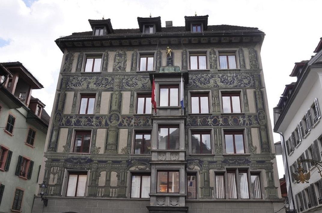 Plaça del Cérvol de Lucerna