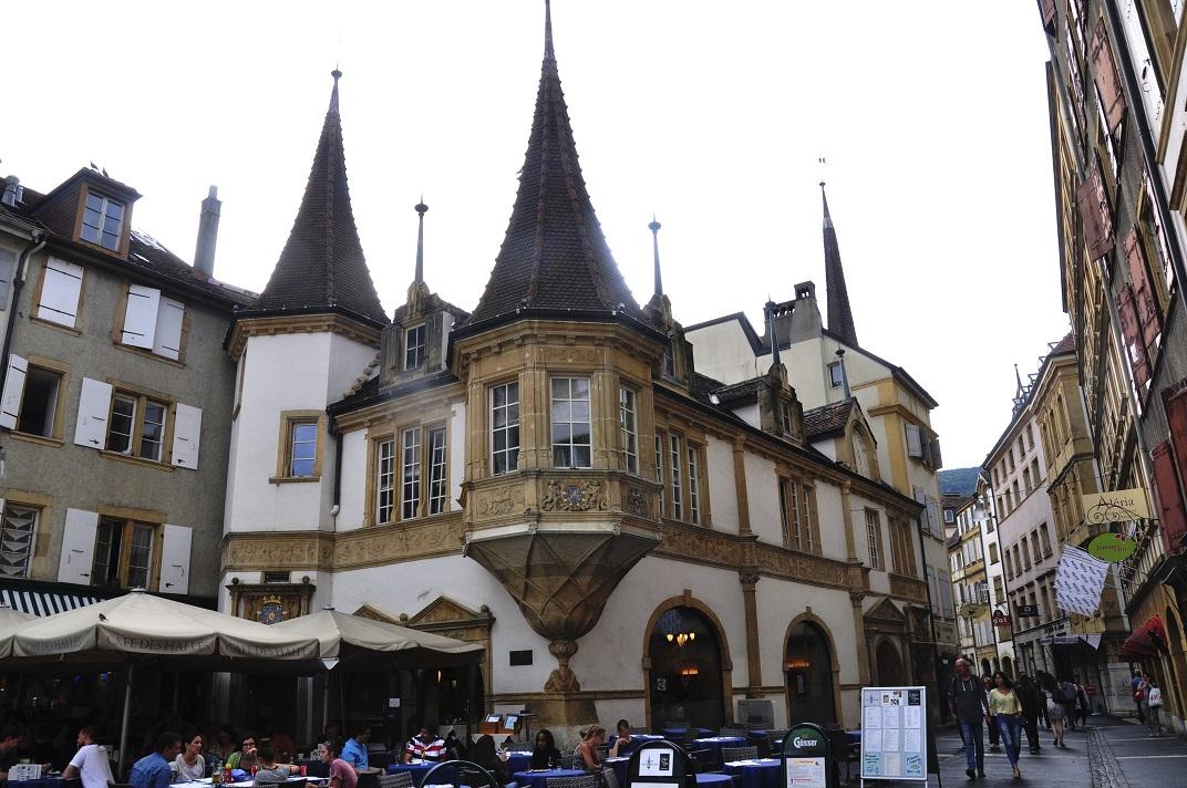Plaça des Halles de Neuchâtel