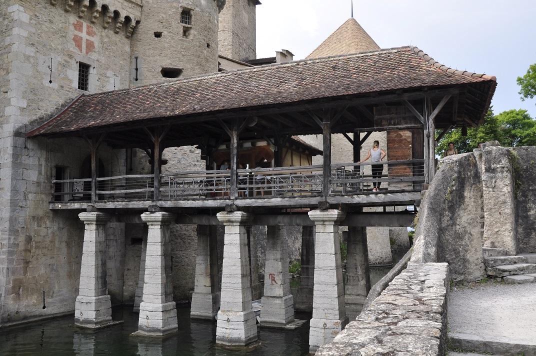 Pont llevadís del castell de Chillon