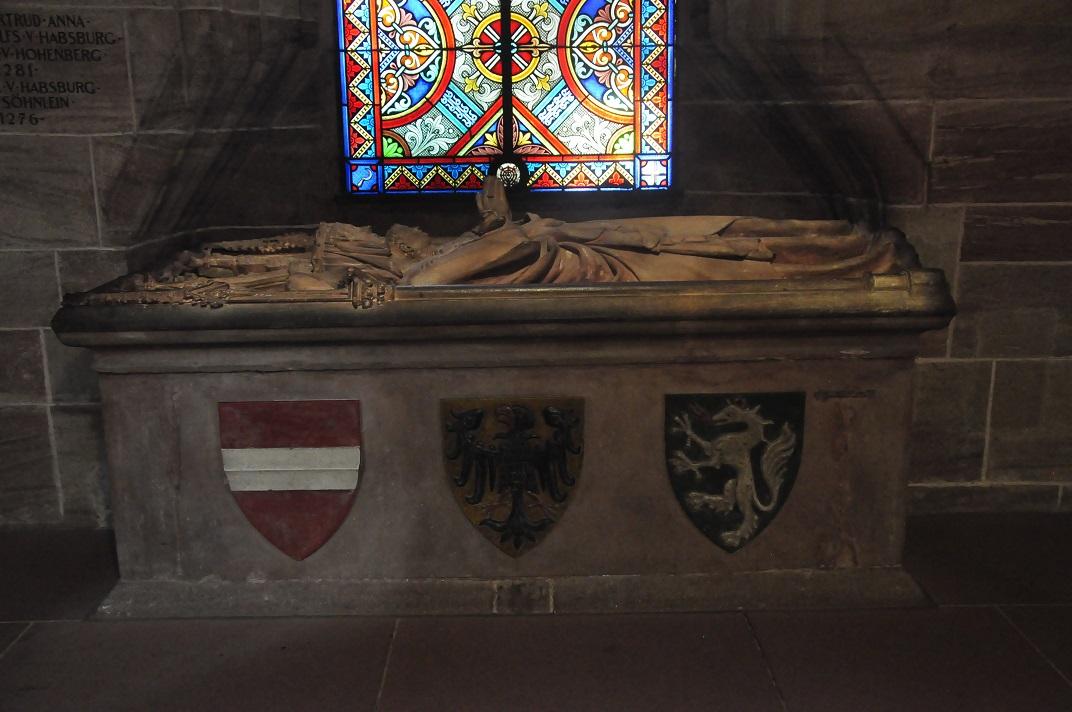 Tomba de la reina Anna de la Catedral de Basilea