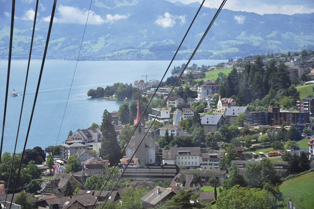 Vista de Weggis des del funicular de Rigi